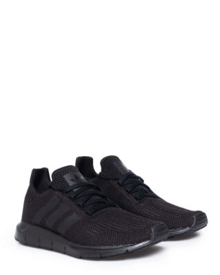 Adidas Swift Run Cblack/Cblack/Ftwwht