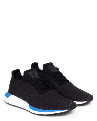 Adidas Swift Run Cblack/Cblack/Ftwwht