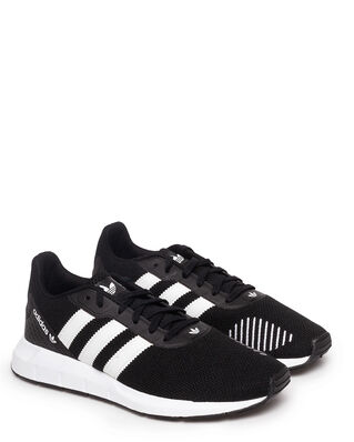 Adidas Swift Run Rf Cblack/Ftwwh