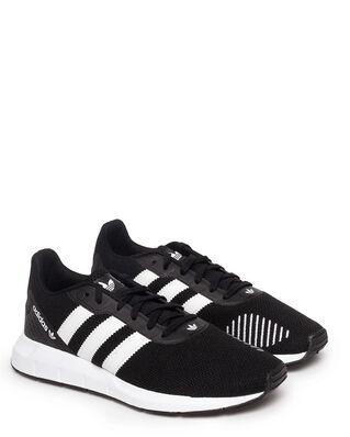 Adidas Swift Run Rf Cblack/Ftwwh