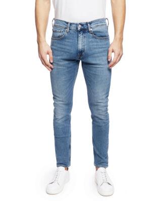 Calvin Klein Jeans CKJ 056: Athletic Taper (West) Geraldton Blue