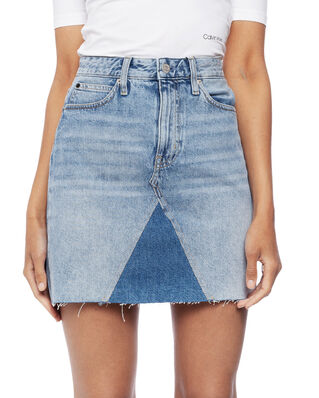 Calvin Klein Jeans Mid Rise Mini Skirt Light Blue With Prairie Patch