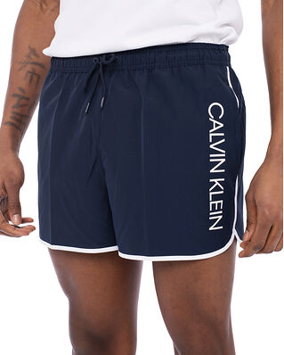 Calvin Klein  Short Runner Black Iris