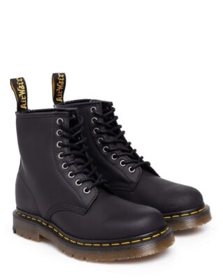 Dr Martens 1460 Black Wintergrip Fleece lining