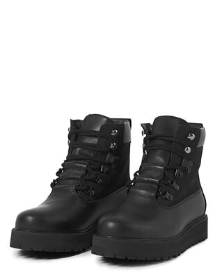 Filippa K Soft Sport Hiker Boot Black