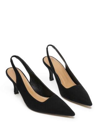 Flattered Franchesca Black