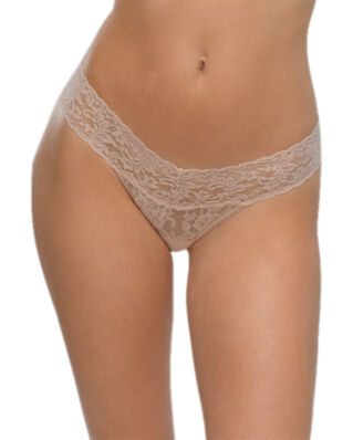 Hanky Panky Low rise thong signature lace chai underwear