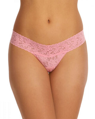 Hanky Panky Low Rise Thong Signature Lace Pink Lady