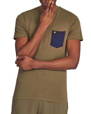 Lyle & Scott Contrast Pocket T Shirt Lichen Green/ Navy