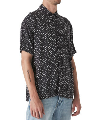 NEUW Smiths S/S Shirt Black Leaf