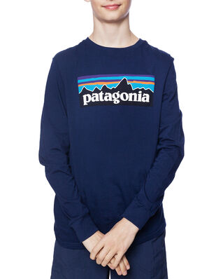Patagonia Junior Boys' L/S Graphic Organic T-Shirt P-6 Logo: Classic Navy