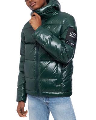 Peak Performance Moment Jacket Men Scarab Green