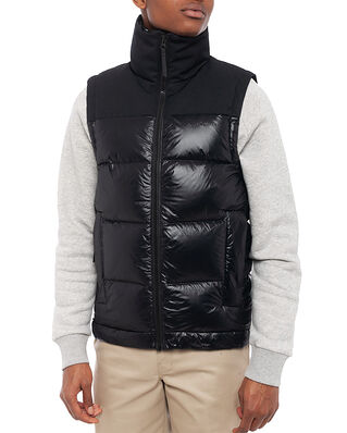 Peak Performance M Rivel Vernis Vest Black