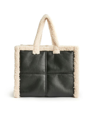 Stand Studio Lola Shearling Bag Black/Off White