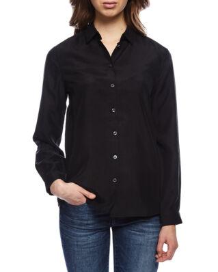 Whyred Karolina washed silk shirt black